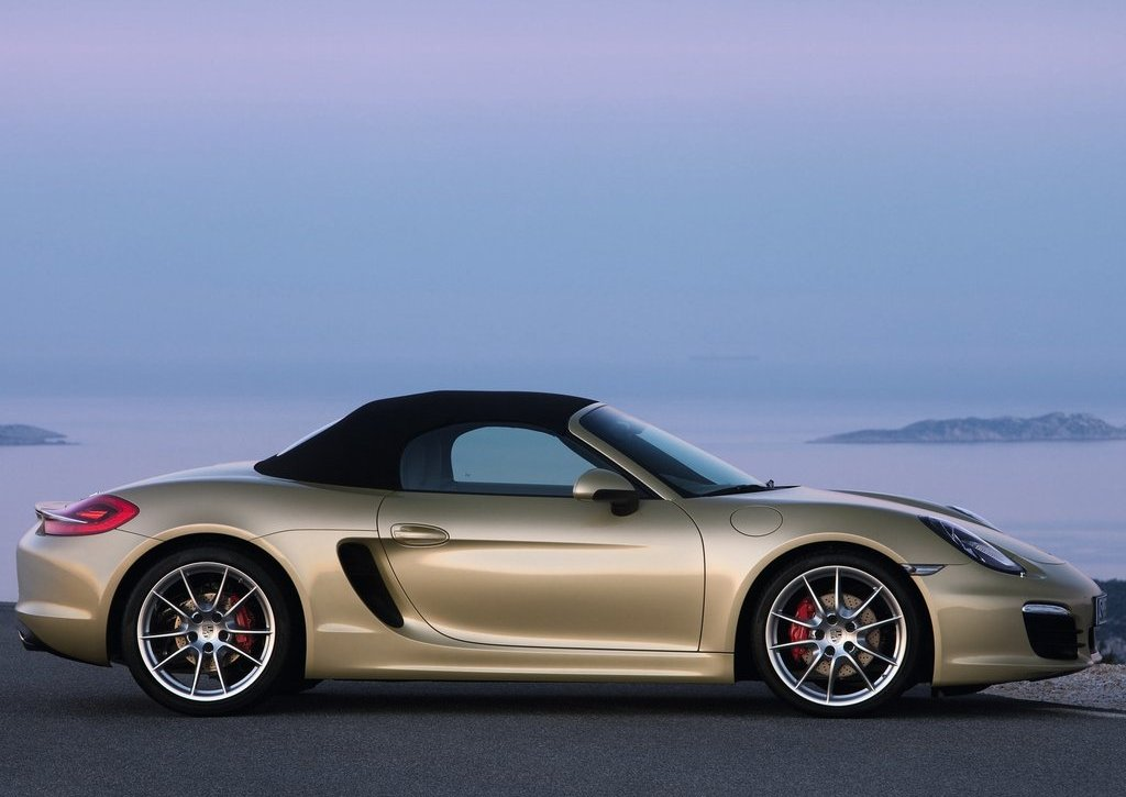 2013 Porsche Boxster Side (Photo 6 of 7)