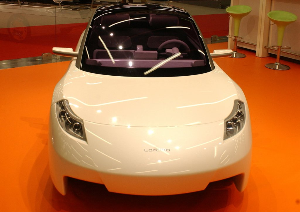 2006 Loremo LS Concept Front (Photo 2 of 12)