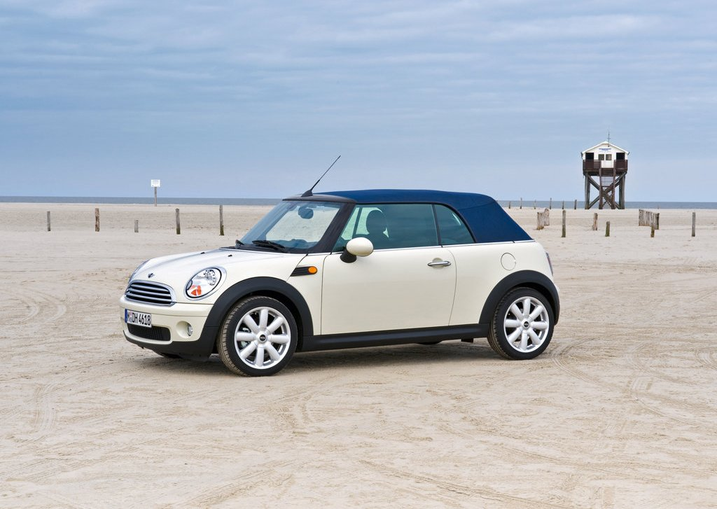 2009 Mini Cooper Convertible  (Photo 3 of 15)