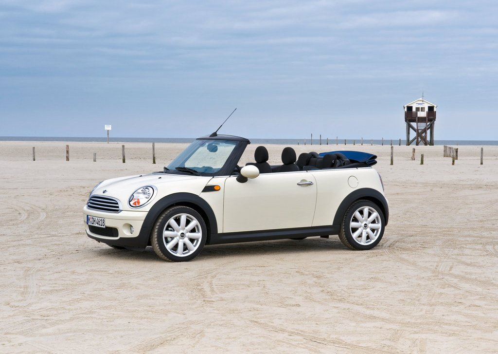 2009 Mini Cooper Convertible  (Photo 4 of 15)