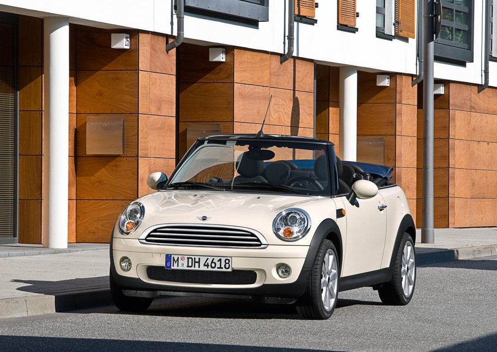2009 Mini Cooper Convertible Front Angle (Photo 5 of 15)