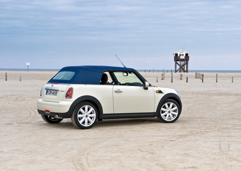 2009 Mini Cooper Convertible Rear Angle (Photo 8 of 15)