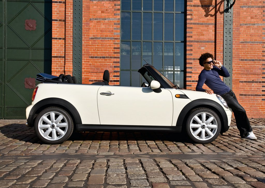 2009 Mini Cooper Convertible Right Side (Photo 10 of 15)