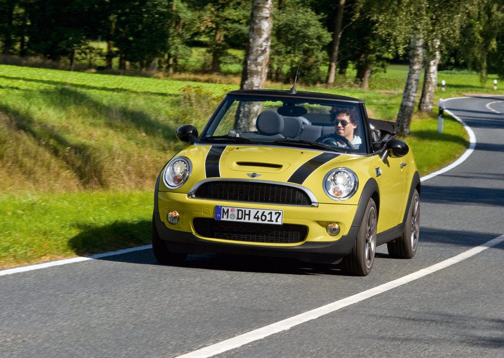 2009 Mini Cooper S Cabrio  (Photo 2 of 23)