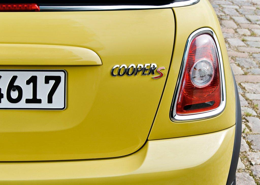 2009 Mini Cooper S Cabrio Emblem (View 7 of 23)