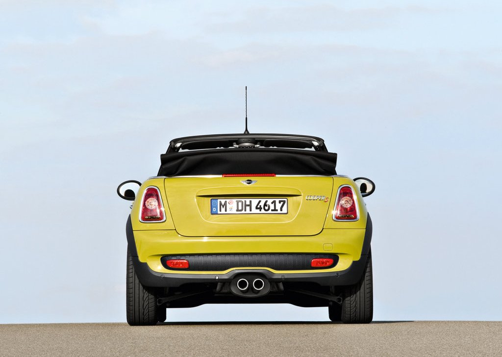 2009 Mini Cooper S Cabrio Rear (Photo 13 of 23)