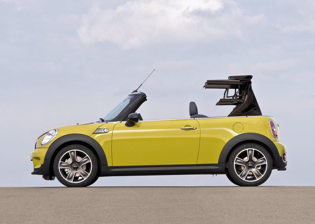 2009 Mini Cooper S Cabrio Side  (Photo 20 of 23)