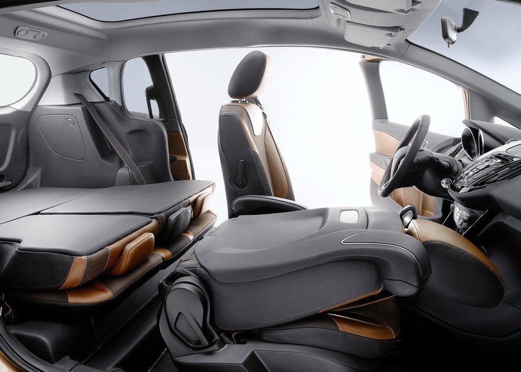 2011 Ford B MAX Room (View 15 of 15)