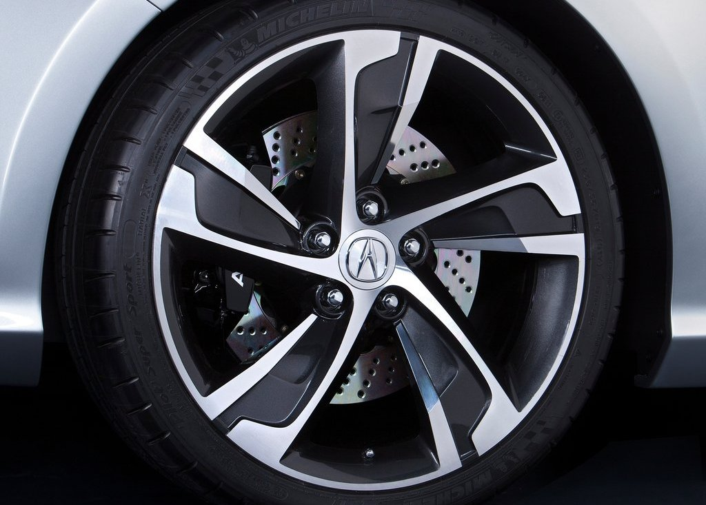 2012 Acura ILX Wheel (Photo 5 of 6)
