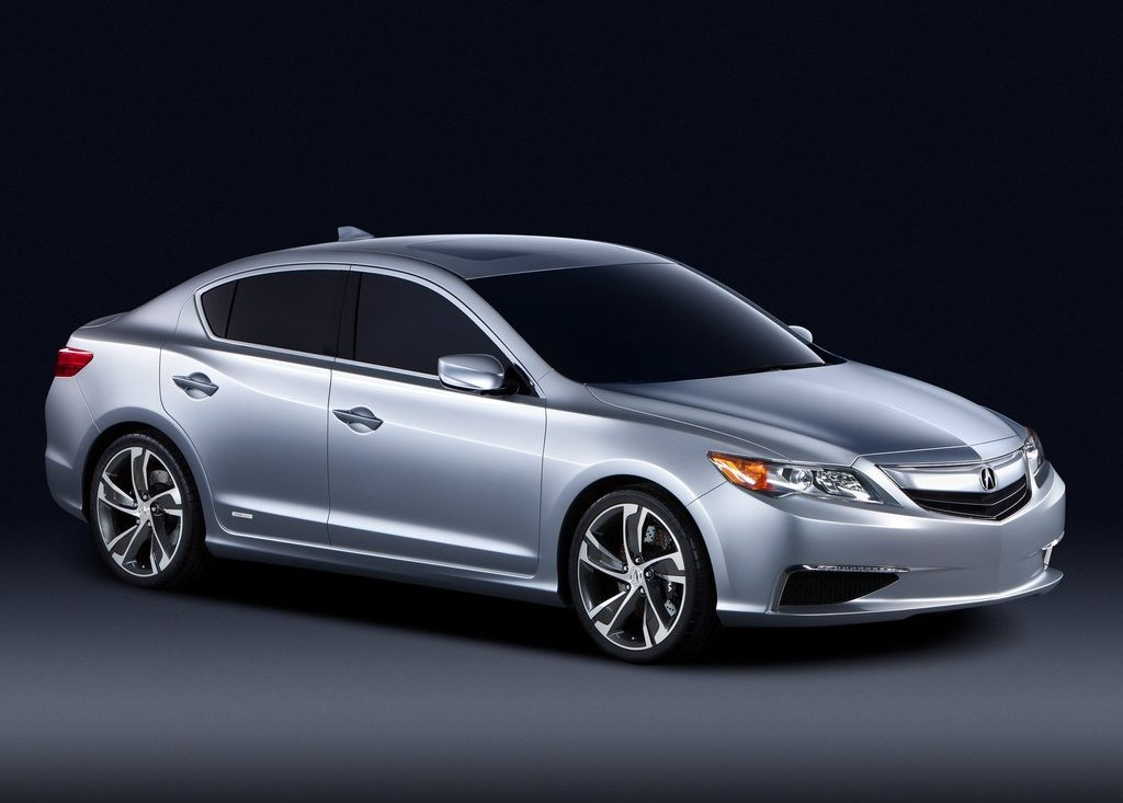 Featured Image of 2012 Acura ILX Review