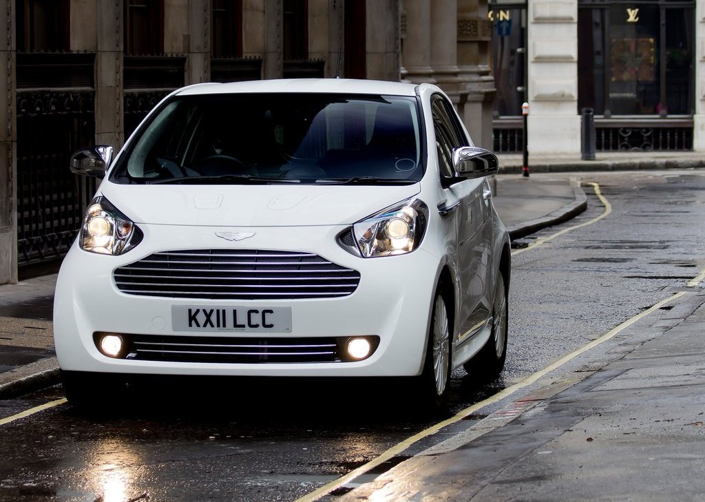 2012 Aston Martin Cygnet Front (View 9 of 13)