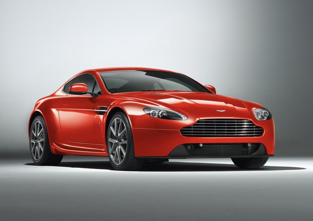 2012 Aston Martin V8 Vantage (Photo 3 of 6)