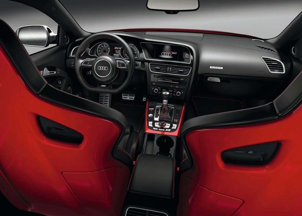 2012 Audi RS5 Interior (Photo 8 of 21)