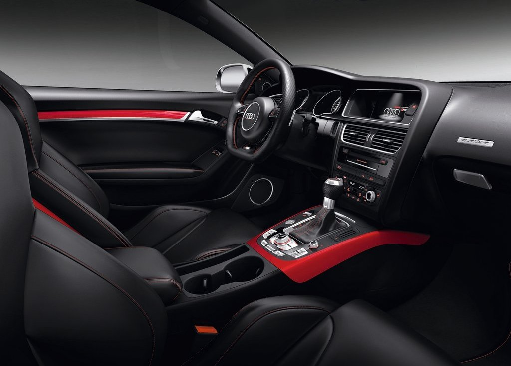 2012 Audi RS5 Interior (Photo 9 of 21)