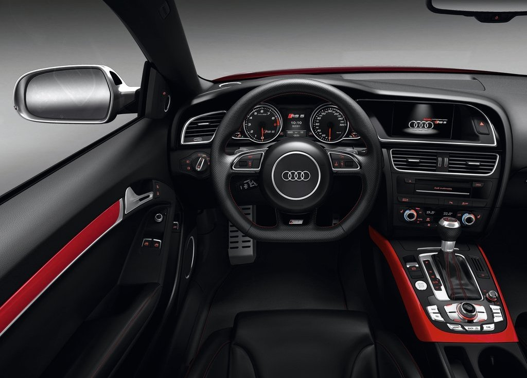 2012 Audi RS5 Interior (Photo 11 of 21)