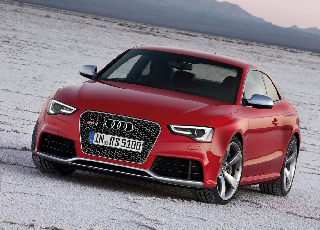 Featured Image of 2012 Audi RS5 Coupe Review