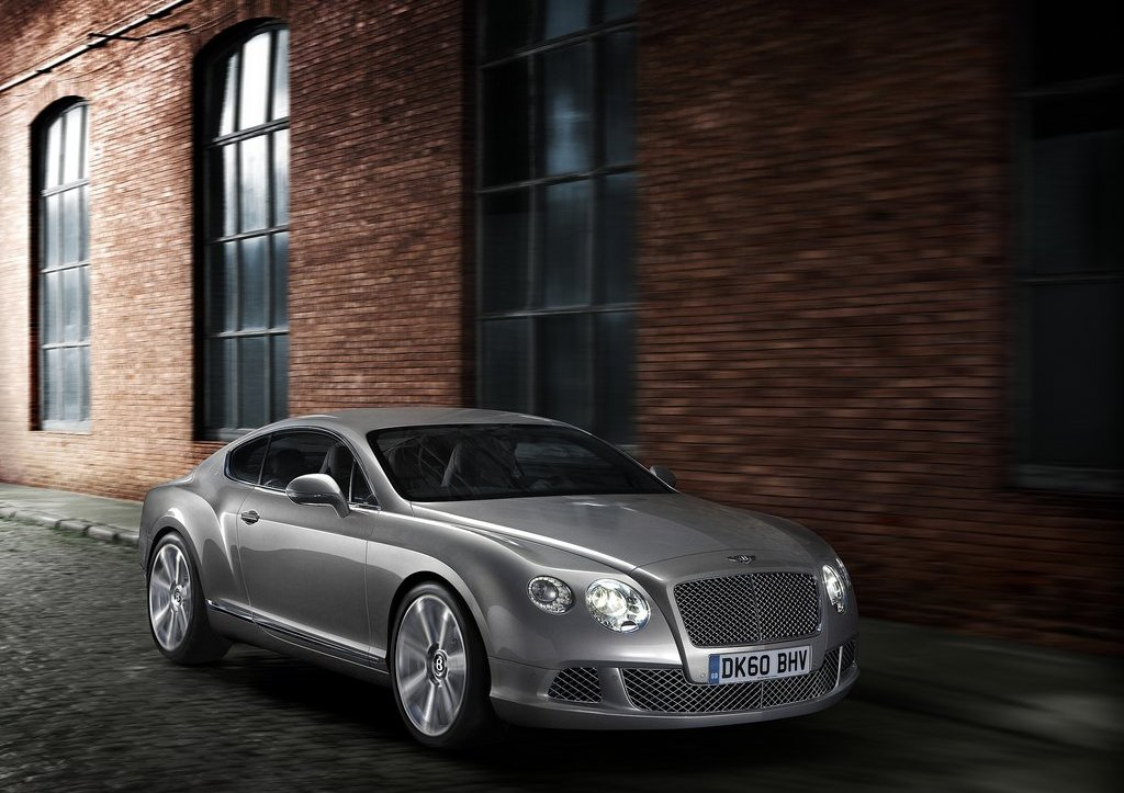 2012 Bentley Continental GT Front Angle (Photo 12 of 32)