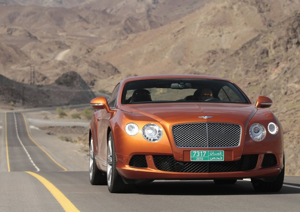 2012 Bentley Continental GT Front (Photo 8 of 32)