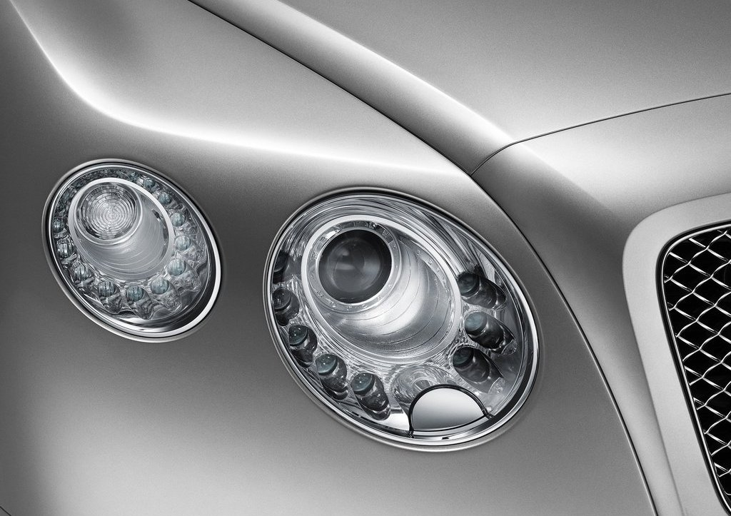 2012 Bentley Continental GT Head Lamps (Photo 13 of 32)
