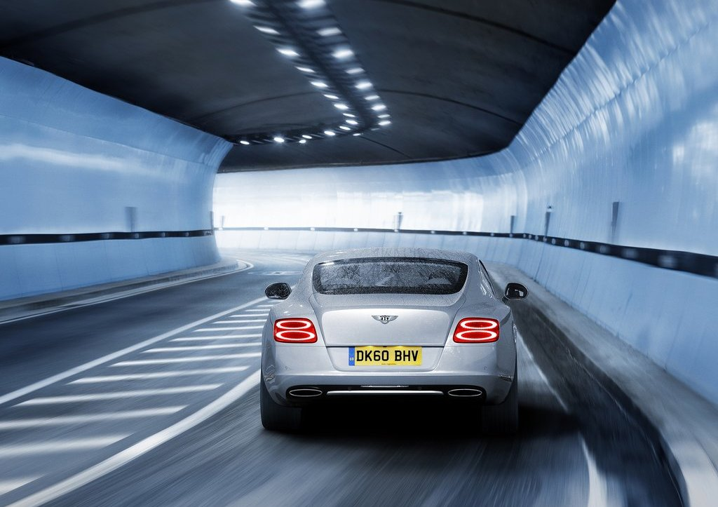 2012 Bentley Continental GT Rear  (Photo 24 of 32)