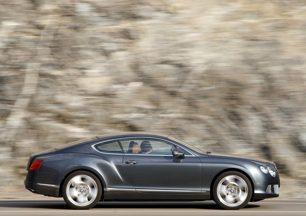 2012 Bentley Continental GT Right Side (Photo 25 of 32)