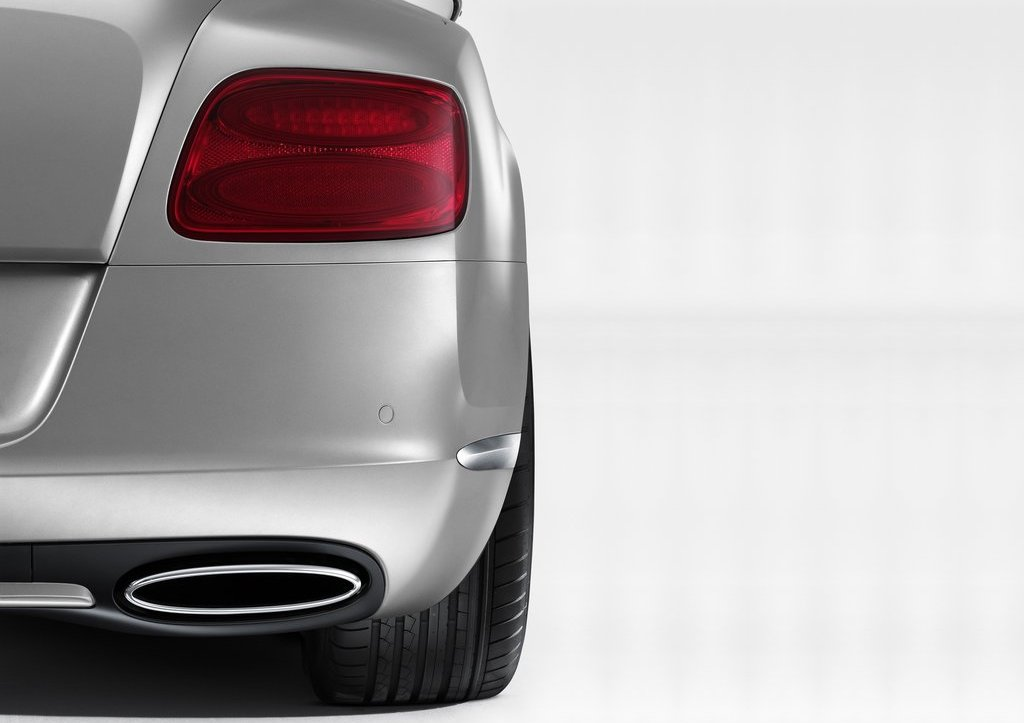 2012 Bentley Continental GT Tail Lamps (Photo 30 of 32)