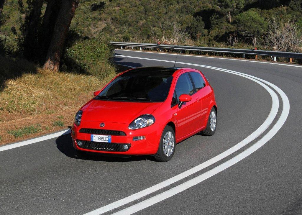 2012 Fiat Punto (View 2 of 21)