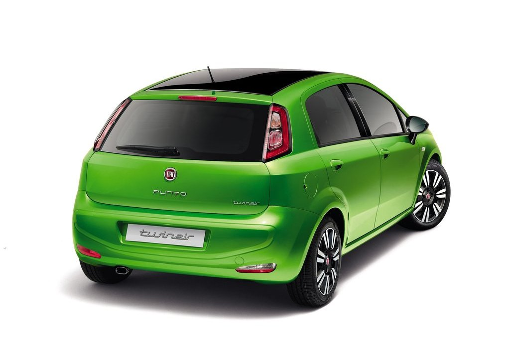 2012 Fiat Punto Green Rear (Photo 9 of 21)