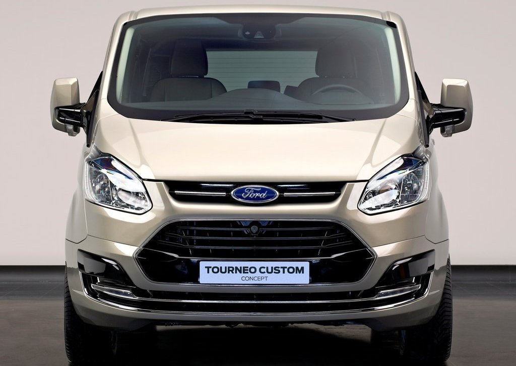 2012 Ford Tourneo Custom Concept Front (Photo 2 of 5)