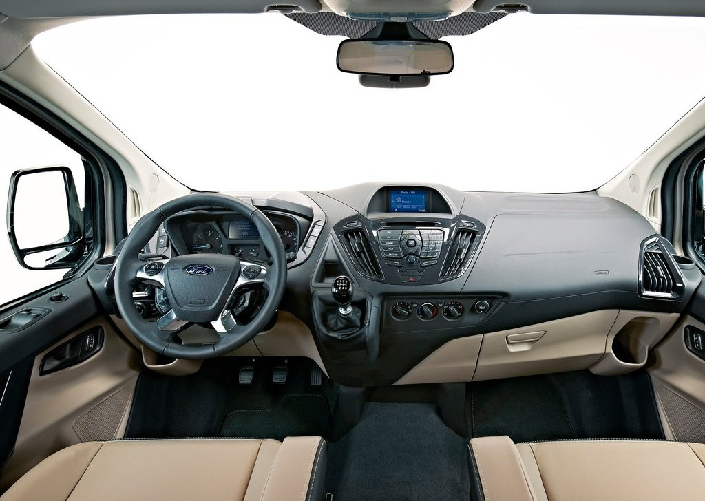 2012 Ford Tourneo Custom Concept Interior (Photo 3 of 5)