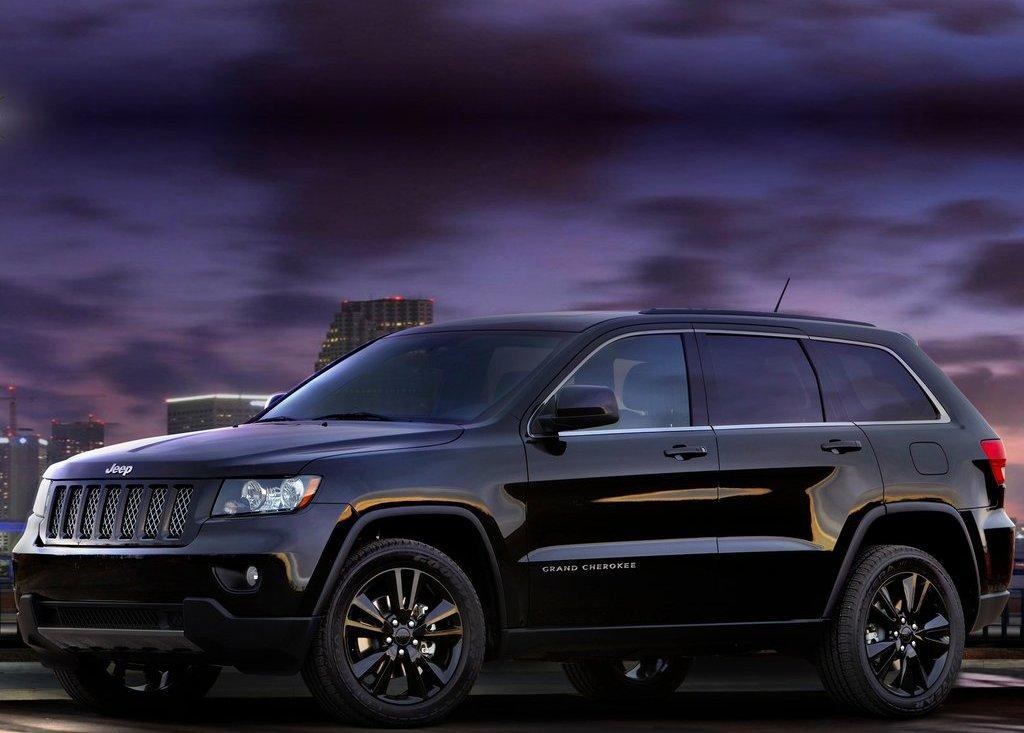 2012 Jeep Grand Cherokee  (Photo 2 of 11)