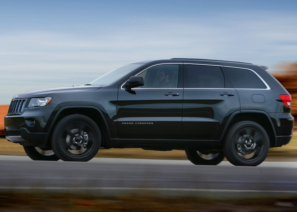 2012 Jeep Grand Cherokee Side (View 6 of 11)