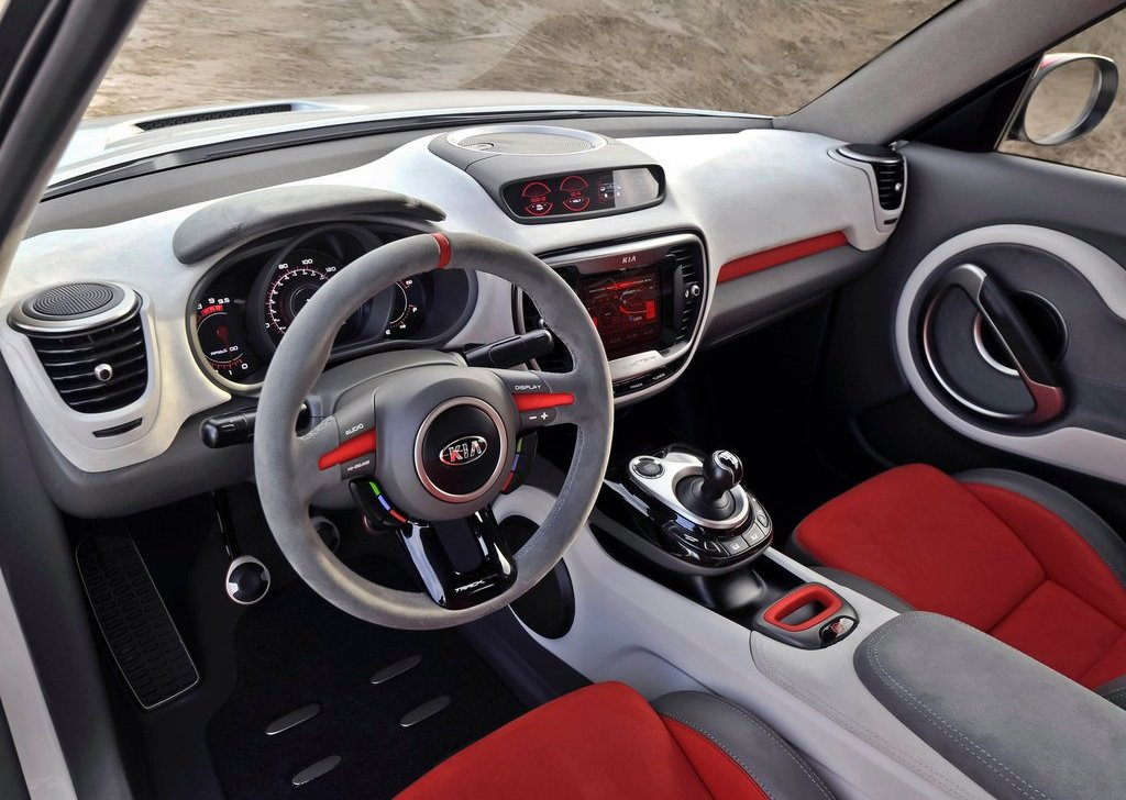 2012 Kia Trackster Concept Interior (Photo 2 of 5)