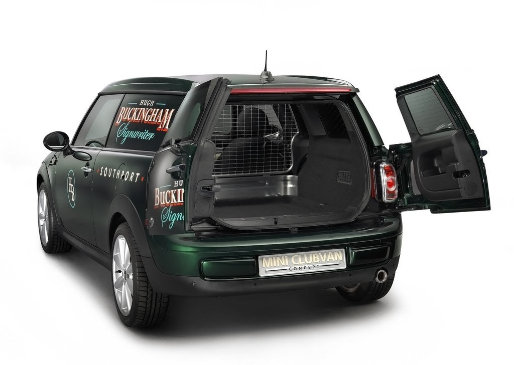 2012 Mini Clubvan Concept Trunk (Photo 8 of 16)