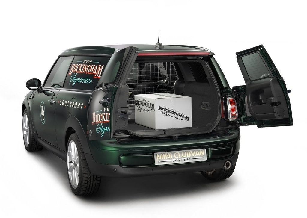 2012 Mini Clubvan Concept Trunk (Photo 9 of 16)