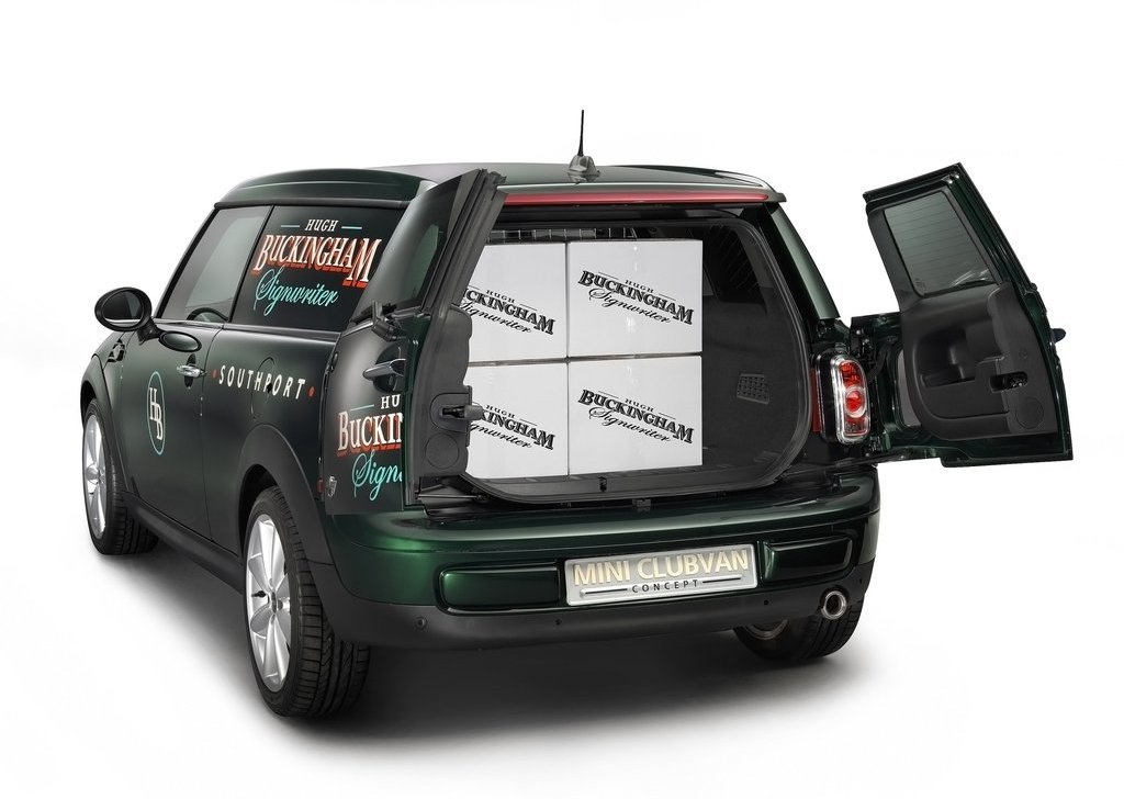 2012 Mini Clubvan Concept Trunk (Photo 10 of 16)