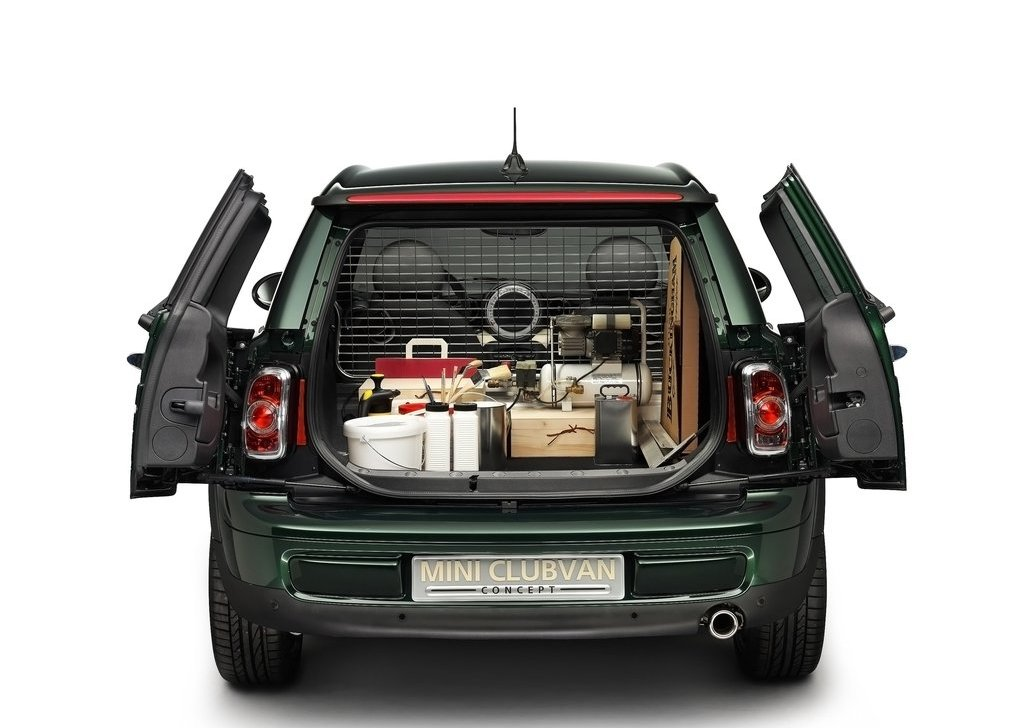 2012 Mini Clubvan Concept Trunk (Photo 12 of 16)