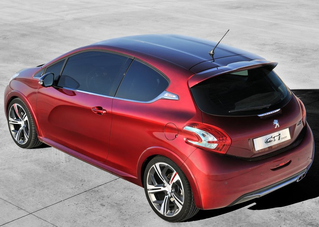 2012 Peugeot 208 GTi Concept Rear (Photo 13 of 14)