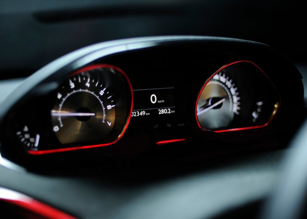 2012 Peugeot 208 GTi Concept Speedometer (Photo 14 of 14)