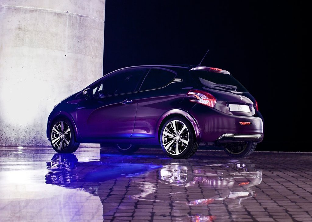 2012 Peugeot 208 XY Concept Rear Angle (Photo 11 of 14)