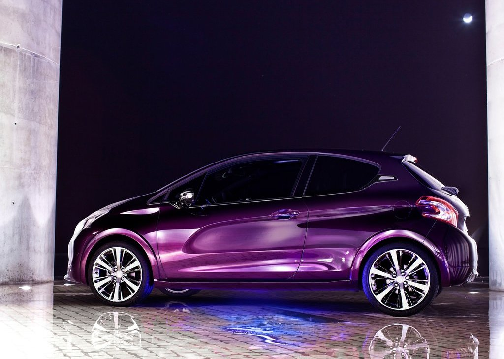 2012 Peugeot 208 XY Concept Side (Photo 12 of 14)