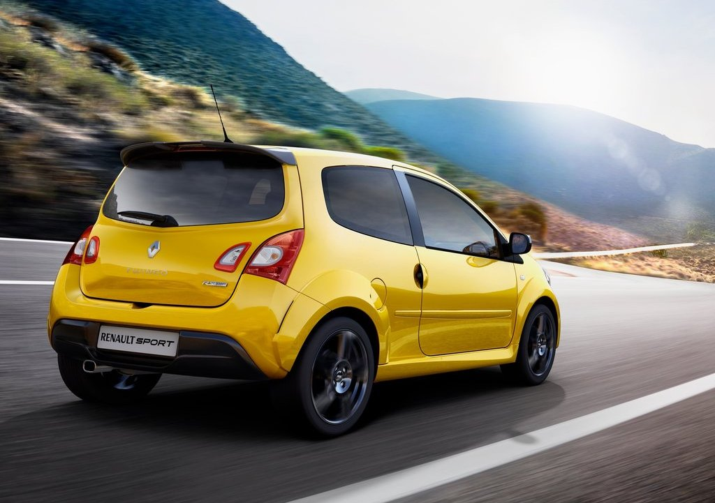 2012 Renault Twingo RS Rear Angle (Photo 6 of 6)