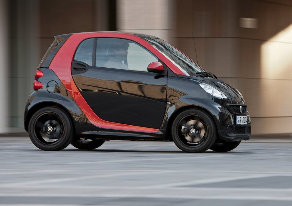2012 Smart Fortwo Sharpred Side (View 3 of 6)