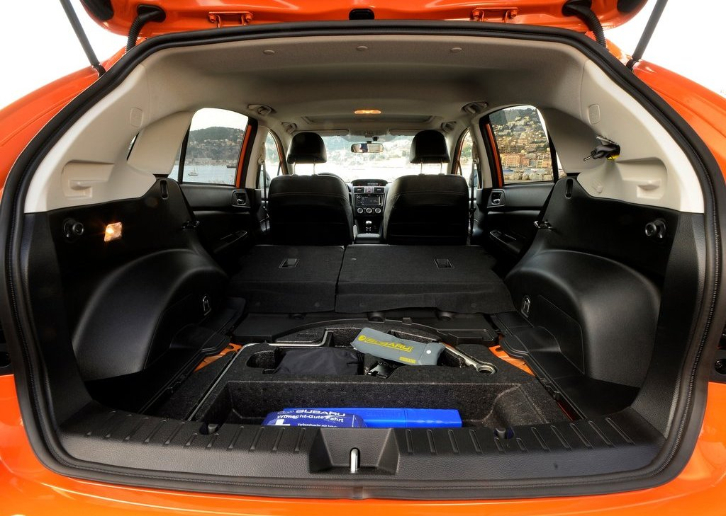 2012 Subaru XV Trunk (Photo 33 of 35)