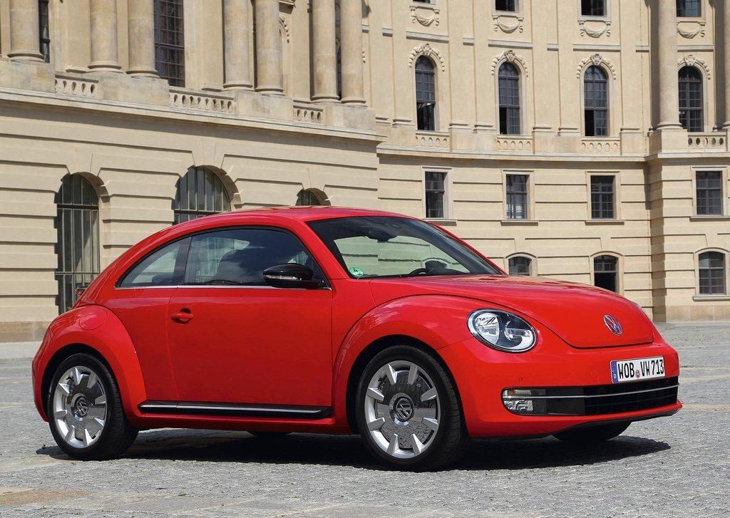 2012 Volkswagen Beetle (View 1 of 27)