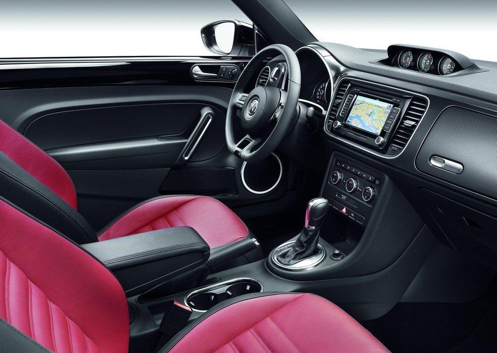 2012 Volkswagen Beetle Interior (View 13 of 27)