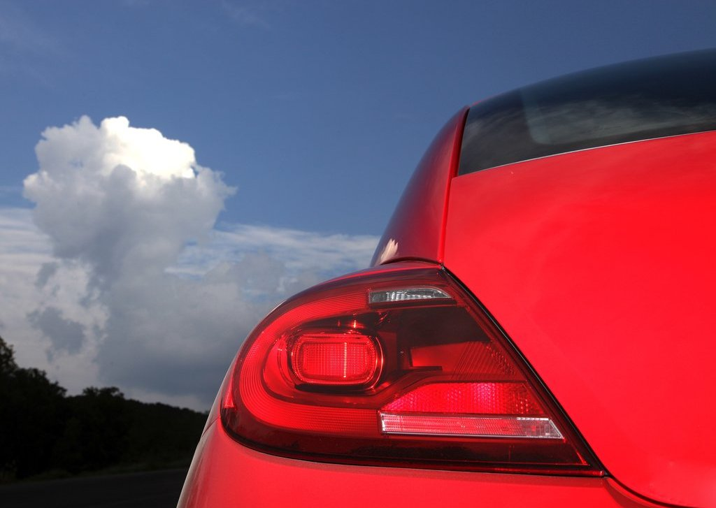 2012 Volkswagen Beetle Tail Lamps (Photo 26 of 27)