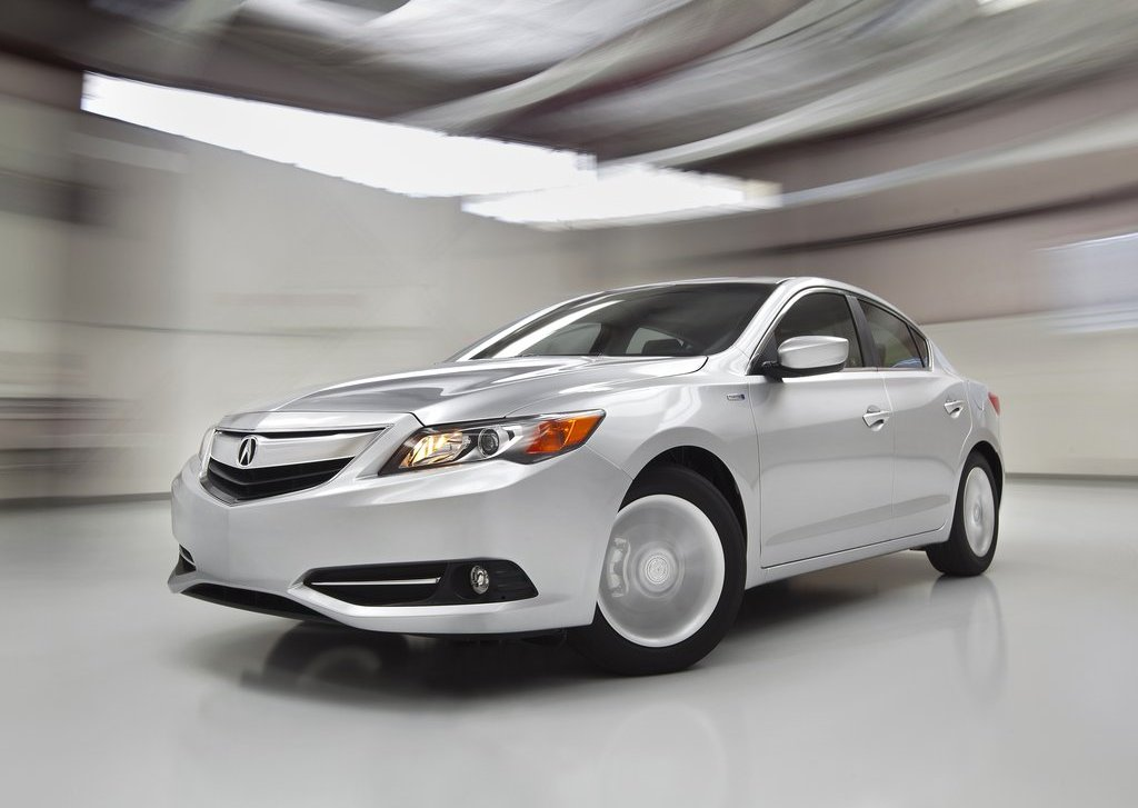2013 Acura ILX Front (View 11 of 23)