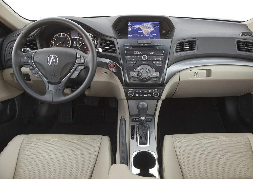 2013 Acura ILX Interior (View 13 of 23)