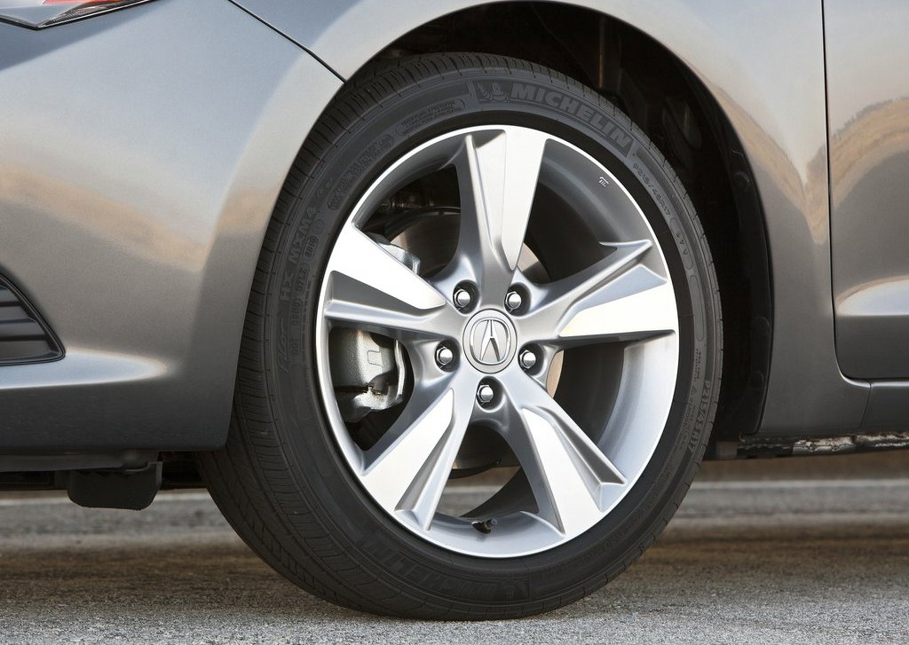 2013 Acura ILX Wheel (View 21 of 23)